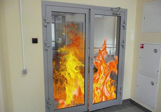 Противопожарные остекленные двери